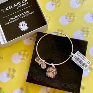 "NWT Alex and Ani 🐾 ""Prints of Love"" Bracelet"